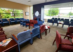 A waiting room photo of Children's Wisconsin Surgicenter located in Milwaukee.